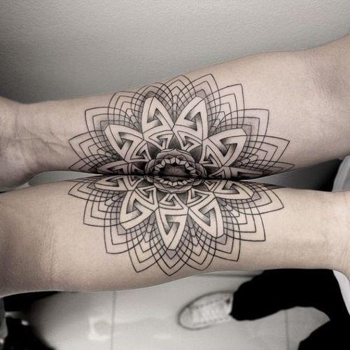 • tattoo ink geometric tattoo black and gray Chaim Machlev inahk •