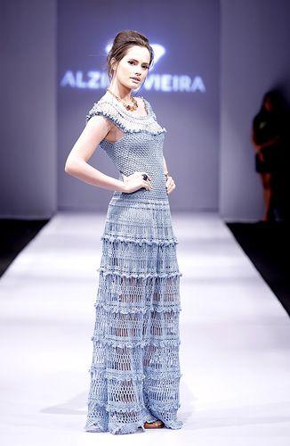 Crochetemoda: Alzira Vieira Crochet Юбка с длинными дырками. Связано поперек?
