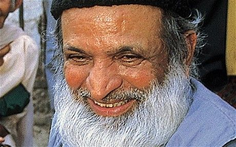 Abdul Sattar Edhi - a living saint. His story is amazing....read the article! #pakistan