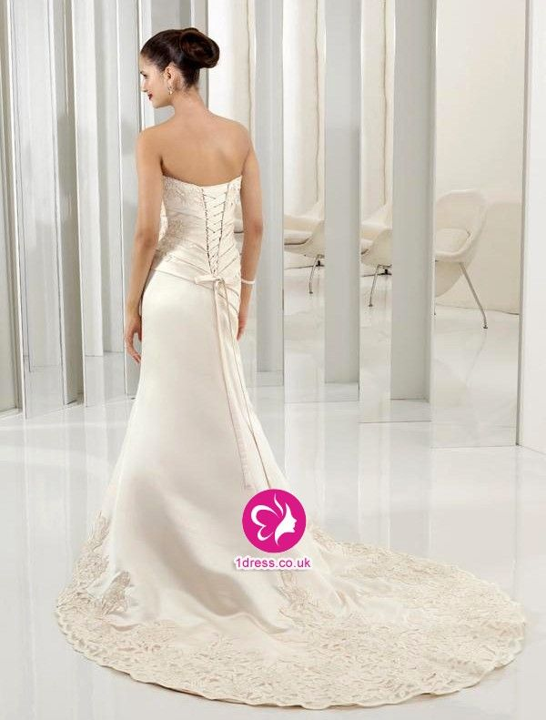 Trumpet/Mermaid Strapless Lace Sleeveless Chapel Train Satin Wedding Dresses for Brides (UK002167)
