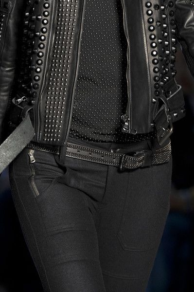 black studded // Rock 'n' Roll Style Diesel Black  13