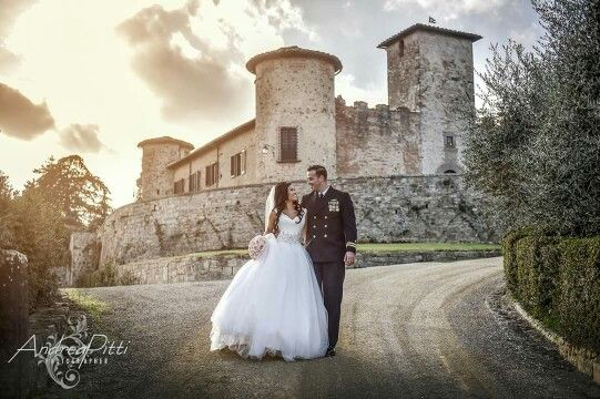 Thanks to Andrea, inspired photos of a winter wedding arranged by Charisma Italy