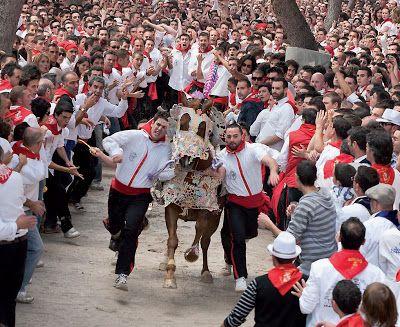 Los Caballos del Vino, Caravaca de la Cruz (Murcia) - Sitios de España