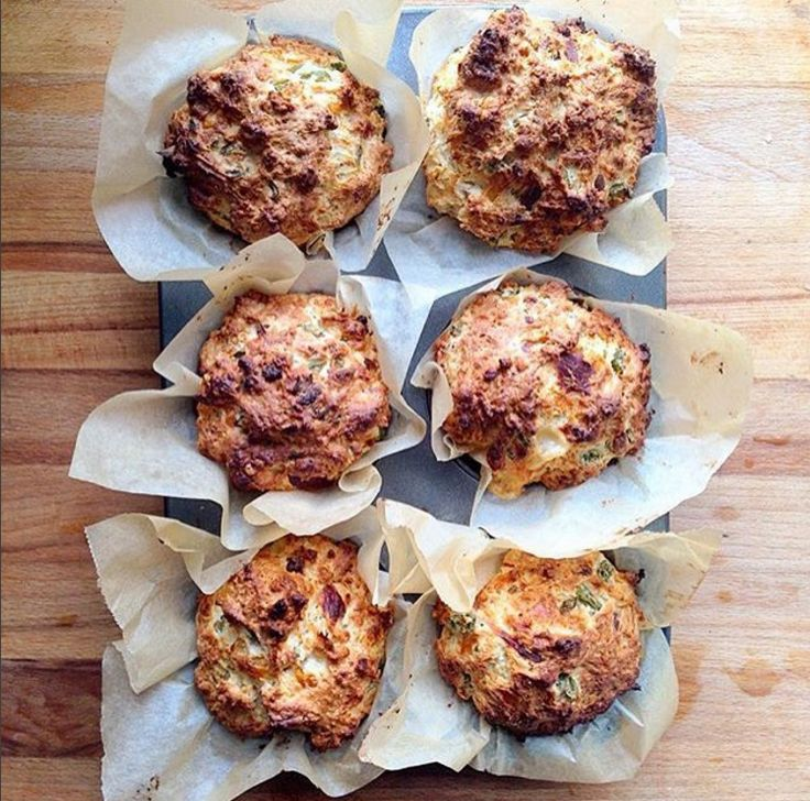 Jalapeño and triple cheese muffins from @annixontong! With some 24 month Comté melted inside...#rg #triplecheese #muffins