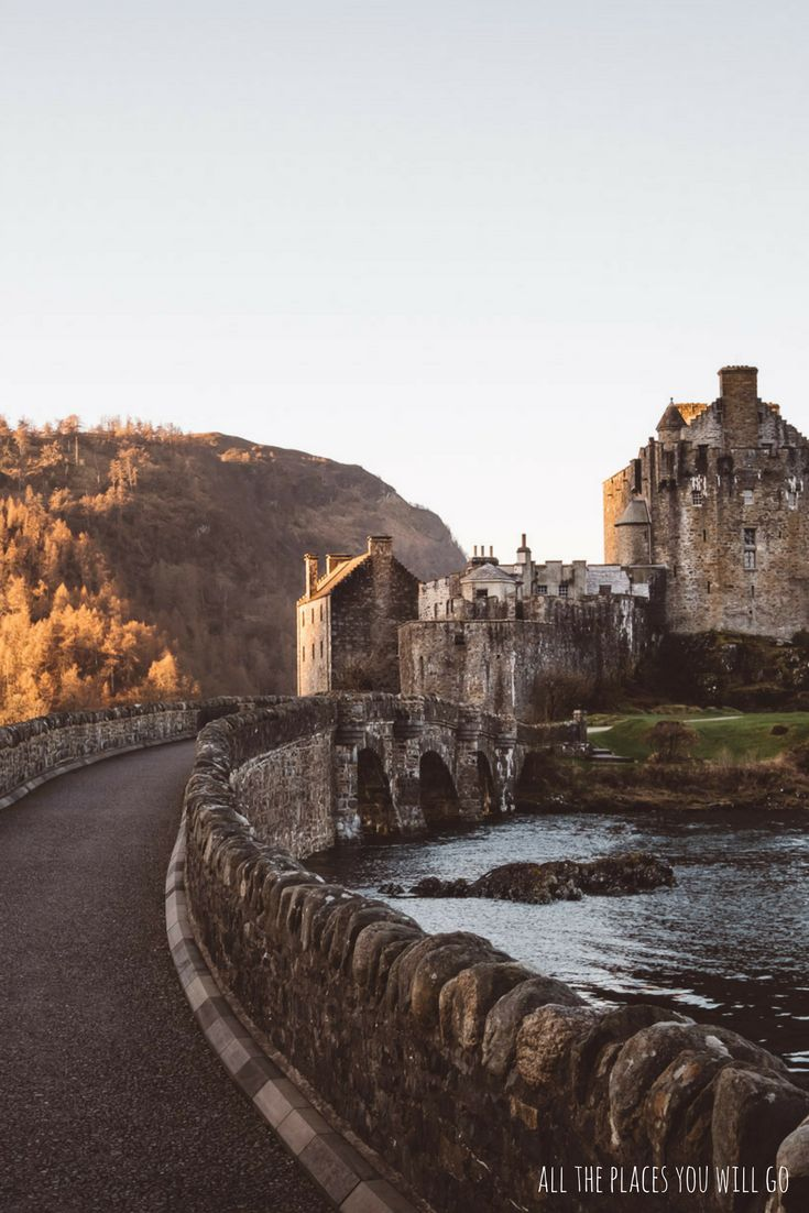 Eilean Donna Castle in Scotland - Read more about our trip from Glencoe to Isle of Skye!  Travel & Photography | All the places you will go