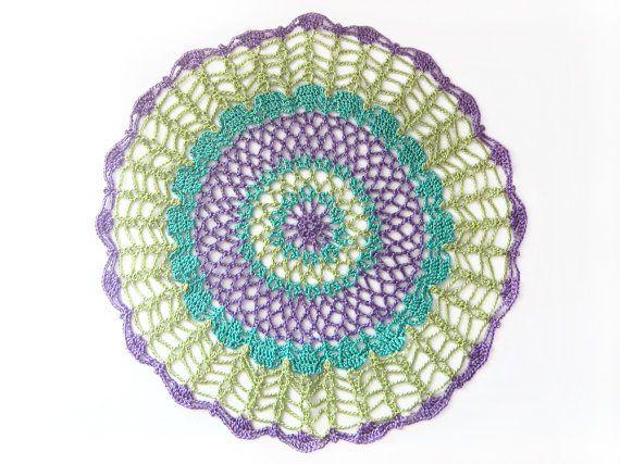 Tapetito redondo - Neon Peacock - verde lima, azul verde azulado, Violeta Violeta algodón - encaje, regalo de bienvenida, decoración del hog...