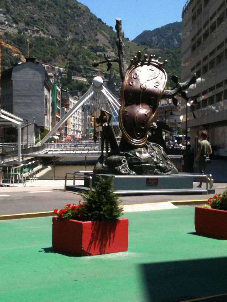 Salvador Dali, Andorra