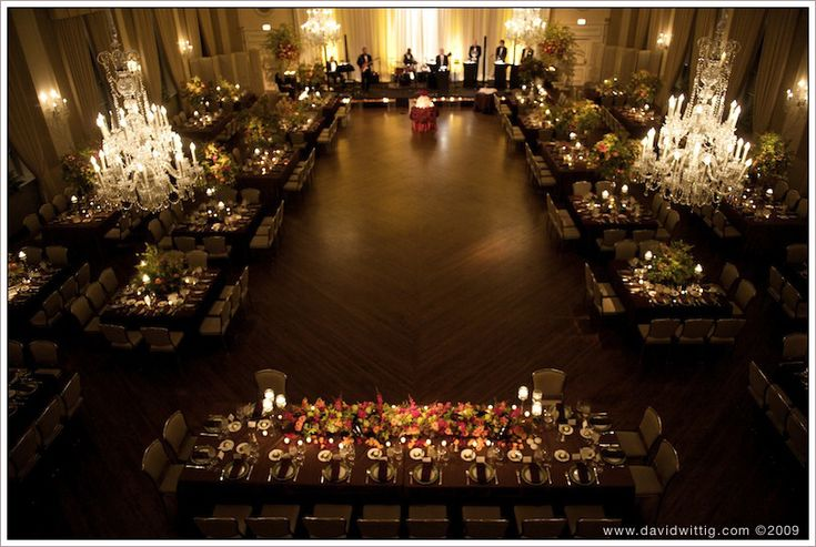 The Standard Club Reception Photos | Chicago Wedding Venues. Seems like the room seats around 220