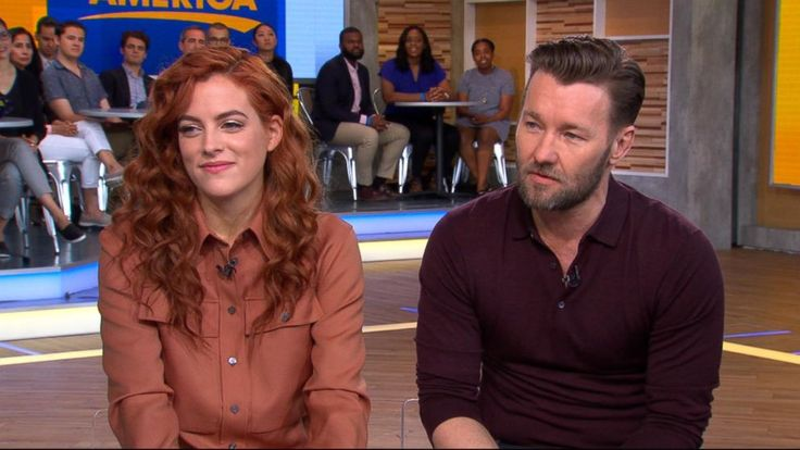 "Transcript for  'It Comes at Night' stars on whether they like horror movies  Edgerton and Riley Keough, they star in Hollywood's new horror film, ""It comes at night."" About two families seeking shelter in a secluded house after a deadly virus attack only to... - #Horror, #Night, #Stars, #TopStories"