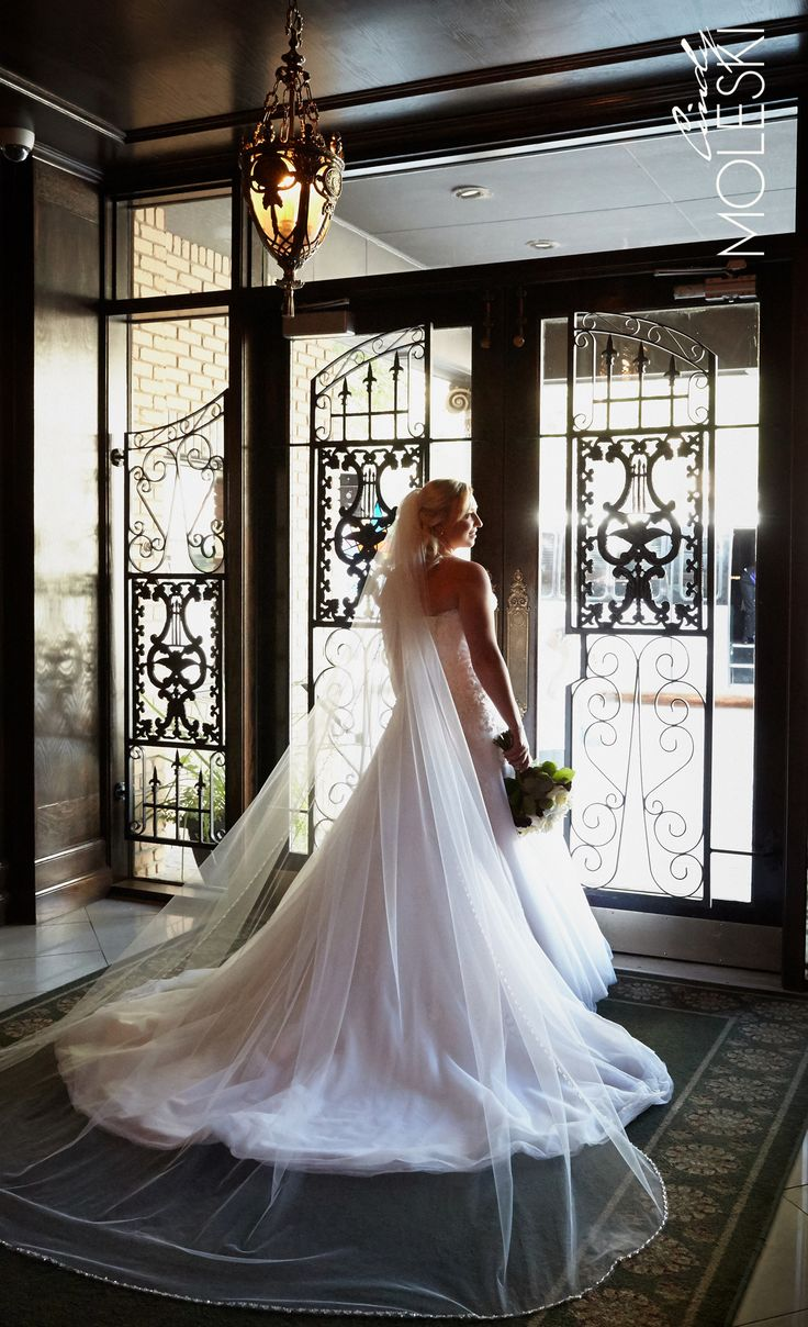 A timeless bride in a timeless spot!
