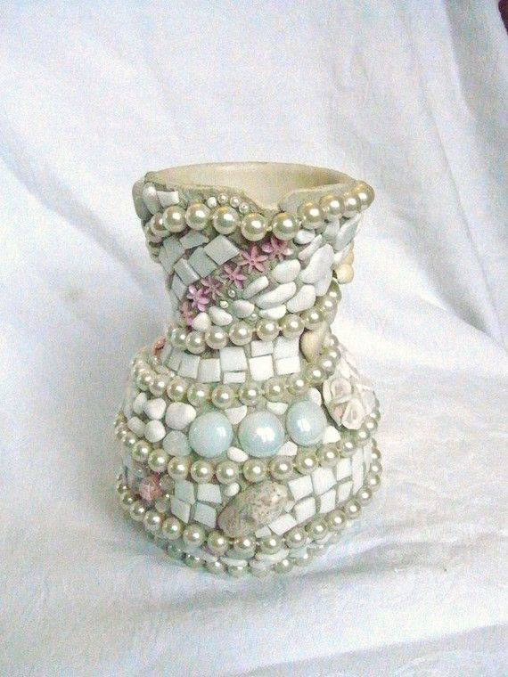 mosaic vase with white pearls view 2