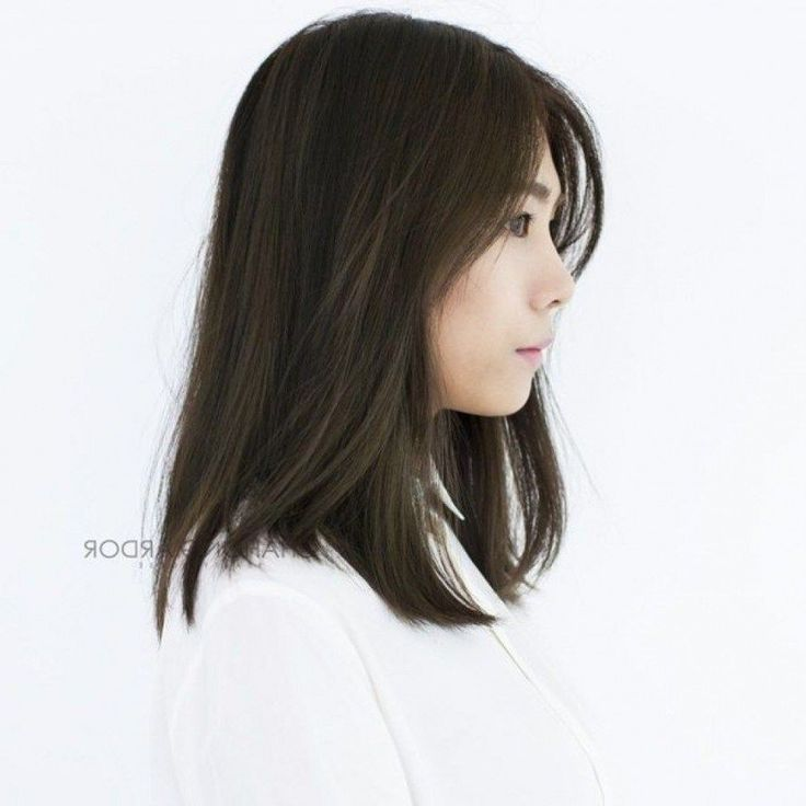 New Medium Length Korean Hairstyle For Round Face To Try In 2018 Shorthairforroundface Medium Hair Styles Medium Length Hair Styles Long Hair Styles