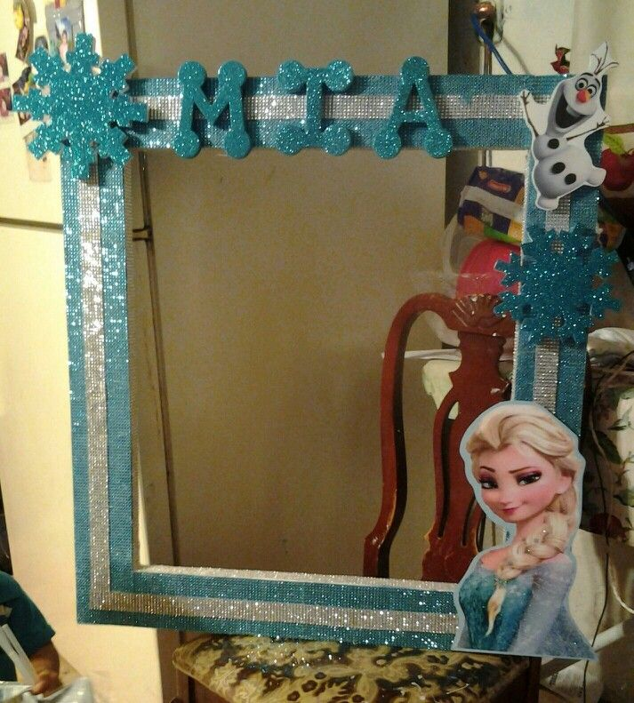 17 best images about frozen photo booth on pinterest for Making a large picture frame