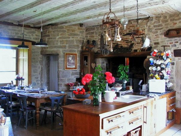 7 Kitchens that are perfect for a country styled home | Ideas | PaperToStone