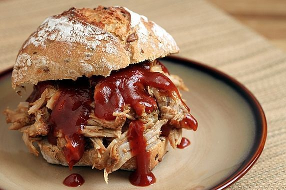 Slow Cooked Pulled Pork: Easy and delicious. Try it with a lean pork roast and make mini sliders! #Pork #Pulled _Pork #Sliders #theyummylife: Low Fat, Lowfat, Crock Pots, Slow Cooking, Bbq Sauces, Pull Pork, Cooker Pull, Slow Cooker, Pulled Pork