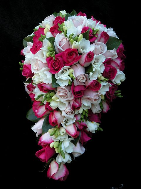 #Shades of Pink and White Teardrop Rose Bouquet... Wedding ideas for brides, grooms, parents & planners ... https://itunes.apple.com/us/app/the-gold-wedding-planner/id498112599?ls=1=8 … plus how to organise an entire wedding ♥ The Gold Wedding Planner iPhone App ♥