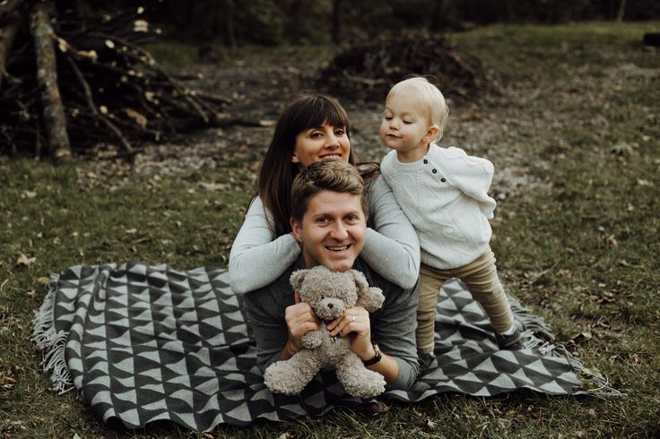 #family #familyphotography #ideas #photo #photoshooting #nature #kids #mother #son #father #love