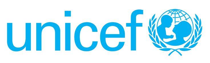 Het logo van UNICEF bestaat uit een volwassene die een kind optilt. Dit staat voor de hulp en zorg die alle kinderen van hun ouders of verzorgers zouden moeten krijgen. De wereldbol laat zien dat UNICEF over heel de wereld kinderen helpt. De olijftak is het symbool van de Verenigde Naties, waar UNICEF bij hoort.  Ik vind dit een goed logo.