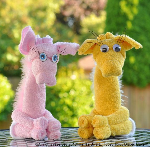 Washcloth Giraffe PDF and Instructional Video. Comes apart to reveal useable, undamaged baby washcloths. Love Love!!!