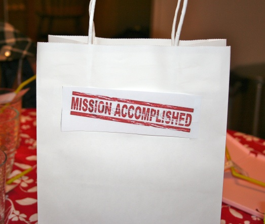 Mission Accomplished goody bag from Thousand Islands Mama - plus ideas and links for spy party