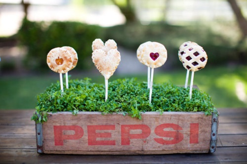 Pie PopsIdeas, Minis Pies, Apples Pies, Piepop, Cakewalk Desserts, Food, Pie Pops, Cake Pop, Pies Pop
