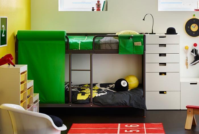 子供用ベッドの選び方とオススメ家具のまとめ記事です。二段ベッドや折り畳みベッド、ソファベッド、収納付きなどタイプ別の紹介と、ベッドフレームや床板、マットレスの素材の違いについて解説しています。子供部屋におすすめなIKEAのベッド商品も紹介。