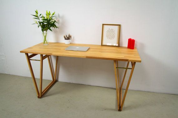 Make work more appealing with this fresh made-to-order piece from Hardman Design. This light beechwood desk is the ideal place to settle into
