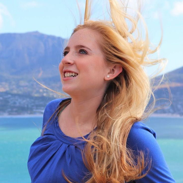 A bit of Capetonian wind makes for a fun shoot! Thanks @vickiebeats for a fun day out on the peninsula. @showaroundcom #capetown