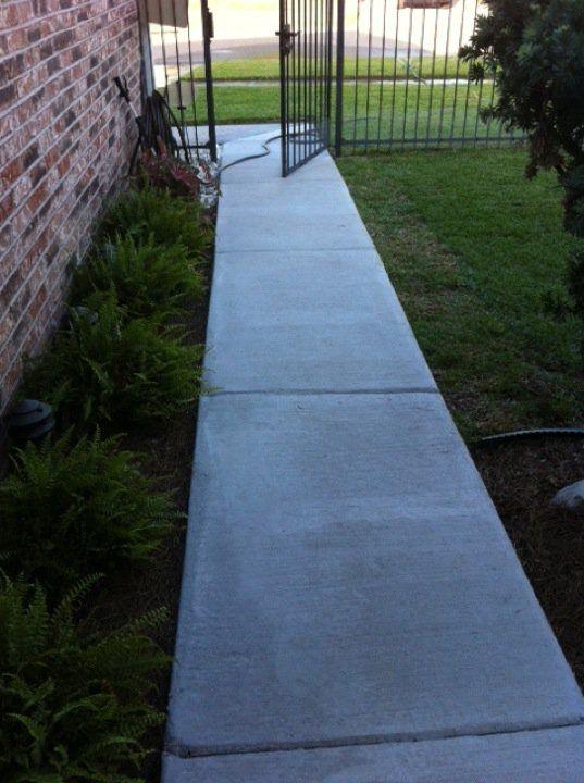 SLaFluer Job - Baton Rouge, LA  Walkway