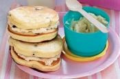 BLUEBERRY PIKELETS WITH HONEY RICOTTA: This great bite size snack is served with honey ricotta spread  #blueberry #honey #ricotta