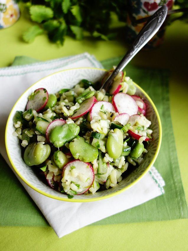 Salade de printemps : boulgour, fèves, concombre, radis et herbes {comme un taboulé} | Roquette Rollmops