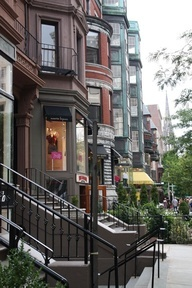 Newbury Street Bed and Breakfast in Boston...where Janet and I stayed when we went to Nurse Manager Conference.  Absolutely loved the street and the B&B!!!  Slj