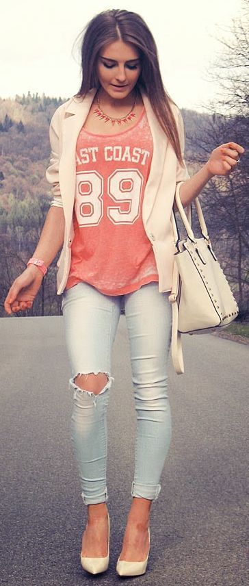 Street style-- coral tshirt with light colored blazer and destructed skinny jeans