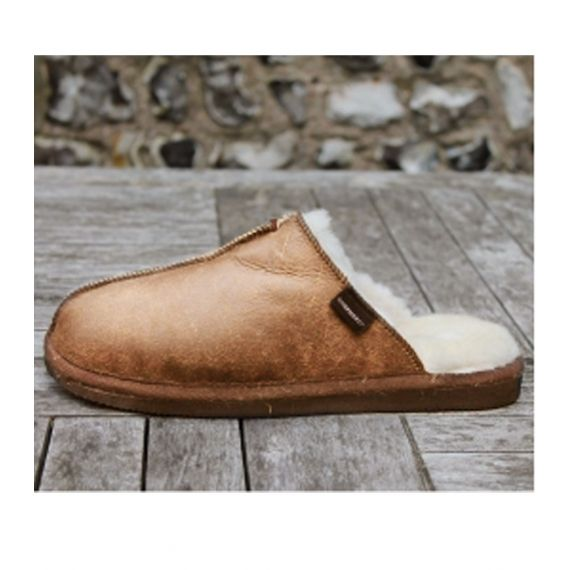 Shepherd's Of Sweden Hugo Men Chestnut Slippers. £55.  the slippers feature a chunky, non-slip rubber sole and classic slip-on mule style that allows them to be slipped on and off with ease! Worldwide Shipping Available.