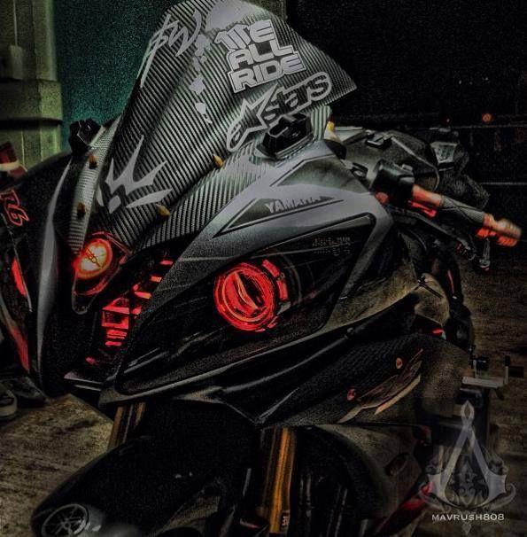 YZF-R6 Custom Head Light Cr.FB/Bikepsyche