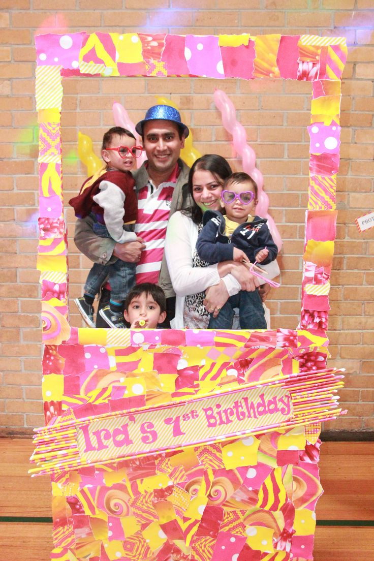 The highlight of the decorations turned out to be the Photo Booth. The photo booth and the props were a hit amongst all guests.