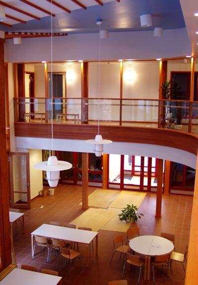 Hösmärinpuisto Comprehensive School (Espoo, Finland).