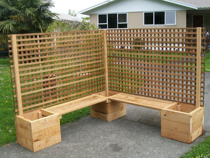 Macrocarpa Planter Boxes Seats Amp Trellis Trade Me In 2019 Patio Fence Apartment Balcony