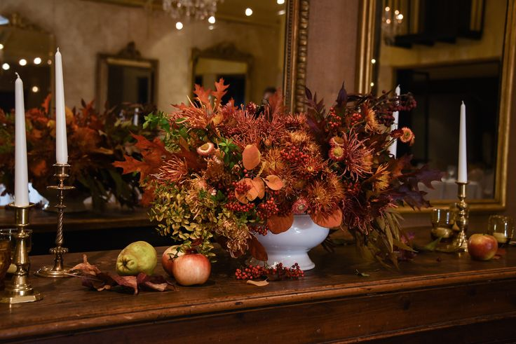 May Wedding, Autumn, AL Ru Farm Tasting Dinner, autumn colours, leaves, foliage, red, burnt orange, yellow, warm tones, fruit, apples, pears, berries, large centrepiece, brass candle sticks, Mintymarypea Events