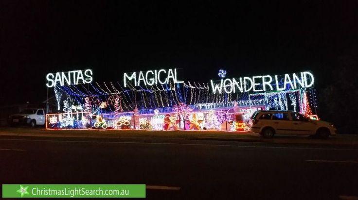 Christmas Lights at 106 Castile Cresent, Edens Landing (http://xmaslights.co/edenslanding)