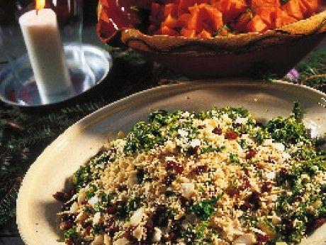 Grönkålscouscous med russin och mande