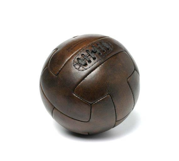 Ballon de football 1940