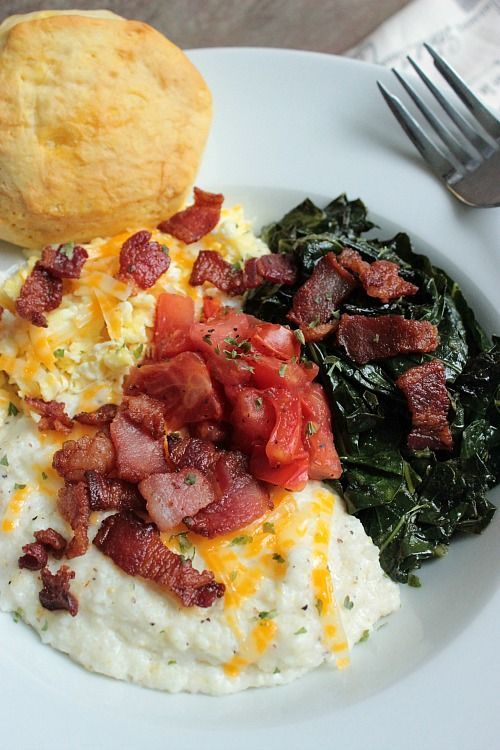 Perfect Grits and Greens Breakfast Bowl! The perfect breakfast meal for the family any Saturday morning.