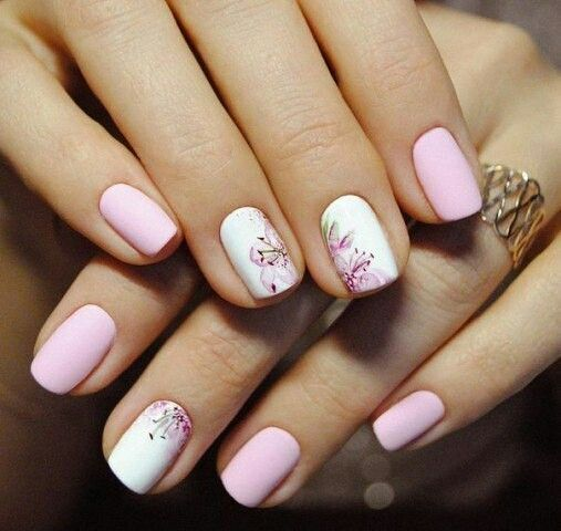Love the two accent nails on one hand and one on the other.