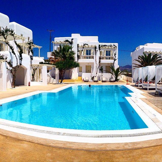 Top 10 Best Value Hotels in Mykonos · nomadbiba