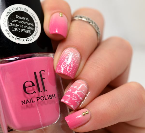 Rose Chewing (#1507) & Prissy Chrissy (#25126) http://www.eyeslipsface.fr/produit-beaute/vernis-a-ongles
