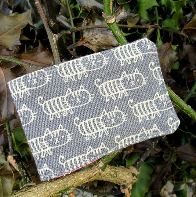 Oyster card holder. Cats design. Travelcard Sleeve.  £5.50
