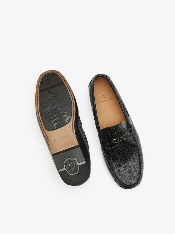 MOCASÍN GRABADO PIEL NEGRO de HOMBRE - Zapatos - Ver todo de Massimo Dutti de Otoño Invierno 2017 por 1895. ¡Elegancia natural!