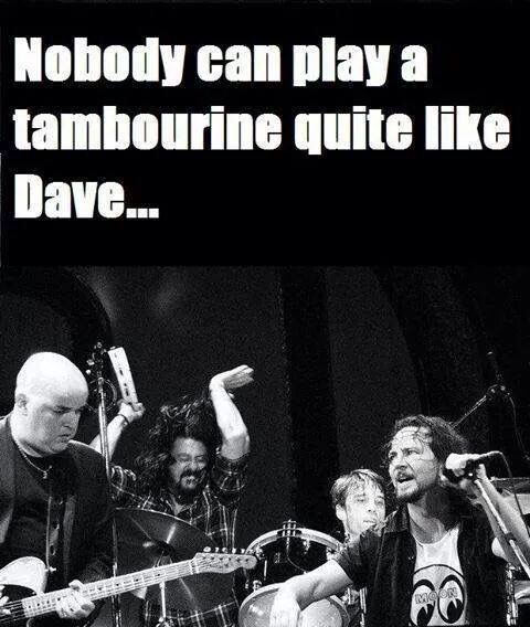 Dave Grohl on tambourine --haha! Yaaass, Dave -- go on, get it, get it... #DaveGrohl #FooFighters #TambourineMan