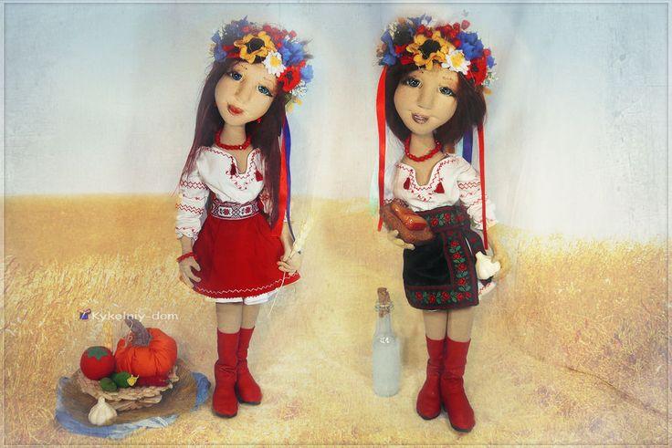 Кукла украиночка в национальной украинской одежде. Украинский веночек. -